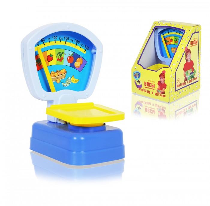Совтехстром Весы одночашечныеВесы одночашечныеСовтехстром Весы одночашечные выполнены из многоцветной пластмассы.  Особенности: Весы очень напоминают настоящие - у них есть чашка для продуктов и шкала, отображающая вес.  Цветная шкала украшена картинкой с изображением аппетитных сочных фруктов. Дизайн игрушки: ее форма, сочетание ярких цветов, делают весы главным атрибутом игры в магазин.  Весы можно дополнить игрушечными фруктами, калькулятором или кассовым аппаратом - и тогда игра станет еще увлекательней.<br>
