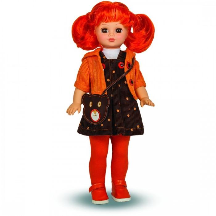 Весна Кукла Лиза 14 озвученная 42 смКукла Лиза 14 озвученная 42 смКукла Лиза - очень модная городская девчонка. Она одета в стильный вельветовый сарафан, трикотажную майку, вязаное болеро и яркие колготки. В качестве аксессуара Лиза носит маленькую сумочку через плечо (сумка является имитацией). Все элементы наряда замечательно сочетаются между собой и легко снимаются, позволяя придумать кукле новый образ.  Игрушка оснащена звуковым модулем, благодаря которому может произносить несколько забавных фраз. Тематика реплик Лизы преимущественно музыкальная. Так, например, куколка просит спеть ей песенку, предлагает потанцевать, сообщает, что любит музыку. У Лизы приятный нежный голосок, чтобы она заговорила, достаточно нажать кнопку на спинке.  Кукла изготовлена из легкого пластика и эластичного винила. Ее нейлоновые волосы прочно прошиты и выглядят очень натурально. их можно не только расчесывать и заплетать по своему вкусу, но и накручивать, создавая романтические локоны.  Игрушку можно ставить на ножки, усаживать, укладывать спать (глаза закрываются).<br>