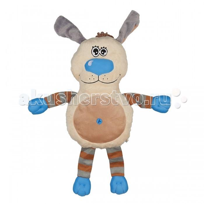 Мягкая игрушка Fluffy Family Подушка-обнимашка Собака 60 смПодушка-обнимашка Собака 60 смМягкая игрушка Fluffy Family Подушка-обнимашка Собака 60 см ребенок будет с удовольствием засыпать и видеть сладкие сны. Ведь это не просто аксессуар для сна, но и мягкая игрушка в виде очаровательного бежевого песика. У собачки две мордашки: одна с открытыми глазками, а вторая - с закрытыми. У щенка - забавный хохолок на макушке, голубые мягкие лапки и носик.   Психологи советуют - если ребенок отправляется впервые в детский сад, пусть возьмет с собой игрушку, которая будет напоминать ему о доме. С таким другом легче успокоиться и адаптироваться к незнакомой обстановке.  Все материалы, использованные при создании игрушки, обладают гипоаллергенными свойствами, поэтому она прекрасно подойдет для вашего малыша.<br>