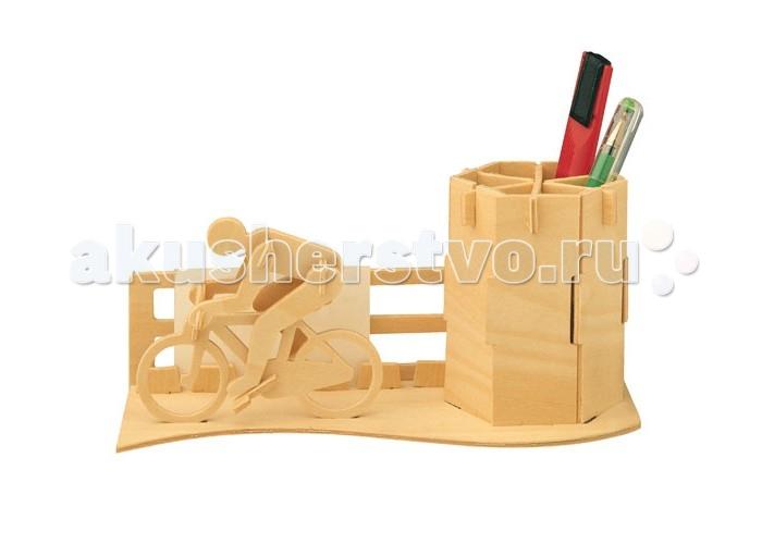 Конструктор МДИ Велосипедист серия СВелосипедист серия СМДИ Велосипедист серия С С005                       Собрав деревянную модель Велосипедист от компании Мир деревянных игрушек ребенок получает не только красивую игрушку, но и экологически чистый органайзер. Детали для всей композиции выдавливаются из двух фанерных листов, идущих в комплекте, и соединяются между собой согласно инструкции.  Велосипедиста можно оставить как в оригинальном виде, делая акцент на натуральном происхождении материалов, так и раскрасить, задав определенное настроение и тон всей установке.<br>