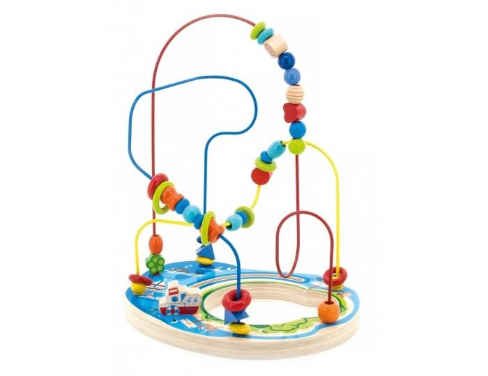 Деревянная игрушка МДИ Лабиринт Морское приключениеЛабиринт Морское приключениеМДИ Лабиринт Морское приключение Д382  Лабиринт Морское приключение - отличная игрушка для развития мелкой моторики и пространственного мышления.  Особенности: - к основанию лабиринта прикреплены 3 цветные проволоки, изогнутые в разных плоскостях - по каждой проволоке можно перемещать деревянные фигурки разного цвета и формы - мелкие детали не снимаются - основание лабиринта украшено рисунками на морскую тематику и объемной фигуркой кораблика - передвигая деревянные фигурки по спиральке, малыш развивает логику, мышление, моторику пальчиков - детали и подставка лабиринта сделаны из экологически чистой древесины, покрытой нетоксичными красками<br>