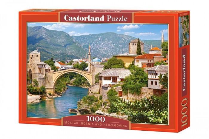 Castorland Пазл Босния и Герцеговина (1000 элементов)Пазл Босния и Герцеговина (1000 элементов)Пазл Босния и Герцеговина от компании Castorland собирается из 1000 фрагментов и в готовом виде — это прекрасная картина, на которой изображен исторический центр Герцеговины. Название этого места, Мостар, обозначает Старый мост. Имеется в виду, разумеется, величественное каменное сооружение через реку Неретва. Сборка пазла потребует внимательность и усидчивости, но усилия будут вознаграждены превосходной картиной, которую можно будет повесить на стенку, предварительно закрепив все элементы. В процессе работы над соединением фрагментов развивается логическое мышление.  Основные характеристики:   Размер упаковки: 35 x 25 x 5 см Размер собранной картины: 68 x 47 см Размер одного элемента: 1.8 х 1.6 см Количество элементов: 1000 шт. Масса: 560 г<br>