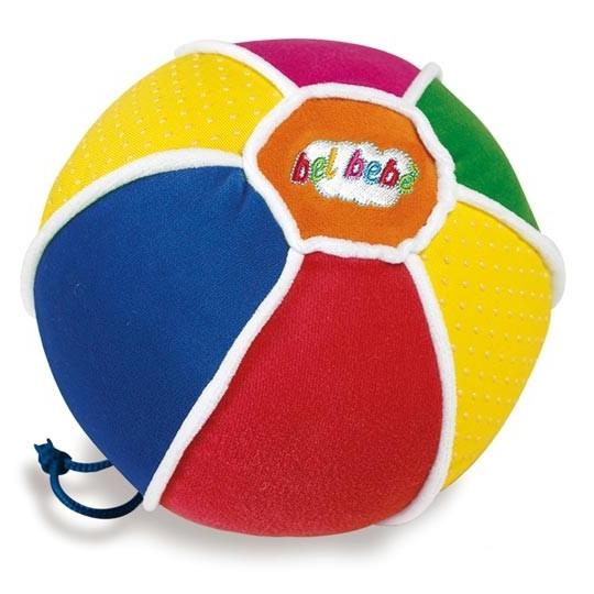 Мягкая игрушка Clementoni Baby Музыкальный мячикBaby Музыкальный мячикМузыкальный мячик Baby Clementoni Томми не только стимулирует ребенка к двигательной активности, но и способствует развитию основополагающих навыков: координации, равновесия, быстроты реакции и ориентации во времени и пространстве.    Особенности:   Мячик выполнен из мягкого материала, что делает его абсолютно безопасным для Вашего малыша.   Игра с мячиком улучшает сенсорное восприятие: зрительное - благодаря ярким цветам поверхности; слуховое - благодаря разнообразным звукам; тактильное - благодаря сочетанию различных текстур материала.   Питание от трех батареек LR44 (установлены).<br>