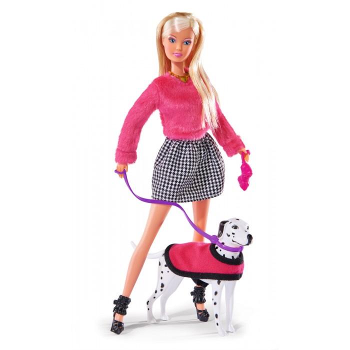 Simba Кукла Штеффи на прогулке с далматинцемКукла Штеффи на прогулке с далматинцемSimba Кукла Штеффи на прогулке с далматинцем станут лучшими друзьями Вашей девочки.   Особенности:  Кукольный набор Штеффи с коляской и малышом подходит для девочек от трех лет и станет прекрасным набором для ролевых игр, а разнообразные аксессуары сделают игру еще интересней и реалистичней.  Кукла Штеффи (Steffi) станет любимой игрушкой Вашей девочки.  Кукла Штеффи воспитывает у малышки чувство ответственности, доброты, заботы и внимания к окружающим людям.  Малышка с легкостью научится играть в дочки-матери, а сюжетно-ролевая игра станет ее любимым занятием.<br>