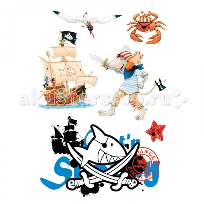 Spiegelburg Наклейки для стен Captn Sharky 21302Наклейки для стен Captn Sharky 21302Spiegelburg Наклейки для стен Captn Sharky 21302 помогут сделать праздник незабываемым и необычным. Универсальные наклейки Капитан Шарки для стен - это увлекательное приключение в мир пиратов. Наклейки могут быть легко удалены и использованы повторно. В комплекте 19 наклеек на трех листах. Рисунки нанесены на квадрат с прозрачным фоном, так что на предметах будет видна только красочная картинка.  Spiegelburg - известный немецкий производитель качественных товаров для детей самых разных возрастных групп. Компания была создана в 1977 году.<br>