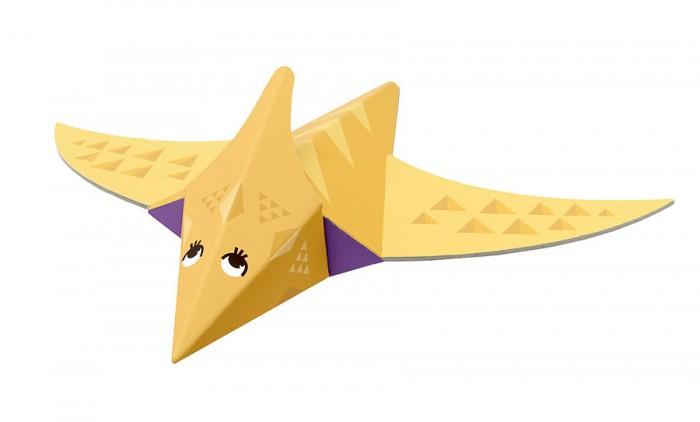Конструктор Krooom Игрушки из картона модель Fold My… ПтерозаврИгрушки из картона модель Fold My… ПтерозаврKrooom Игрушки из картона от 3 лет: модель Fold My… Птерозавр.  Этот динозавр -хищник, а ещё он умеет летать! Его вес равен весу одного автобуса, и это к лучшему, ведь если бы он был ещё тяжелее, его крыльям пришлось бы нелегко! Ростом он с трёх взрослых, стоящих друг у друга на плечах. Размер: 22 х 27 х 8 см.<br>