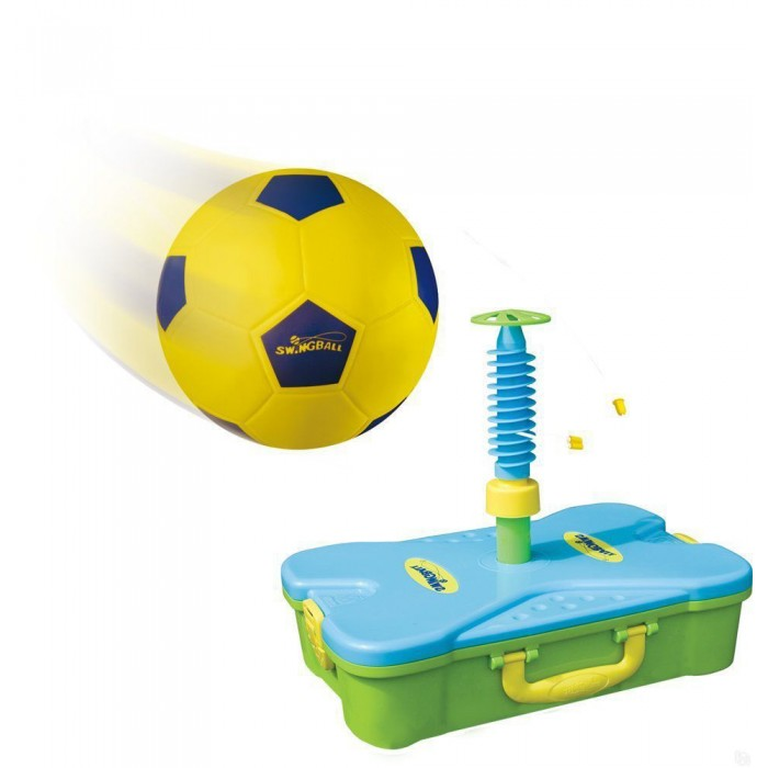 Mookie Набор для футбола Soccer SwingballНабор для футбола Soccer SwingballНабор Soccer Swingball от компании Mookie является своеобразной версией игры в футбол. В него входят мяч на веревке, надуть который можно с помощью ручного насоса, и стойка, устанавливаемая на упаковке. Всю конструкцию можно разобрать и сложить внутрь пластмассового чемоданчика, что значительно облегчает транспортировку и хранение набора.  Внимание!  Цветовое исполнение и дизайн элементов набора варьируются и могут отличаться от представленного на картинке.  Комплектация набора:  Кейс; Мяч; Стойка; Насос.  Основные характеристики:   Размеры: 19.5 x 16.7 x 0.1 см Вес: 35 г<br>