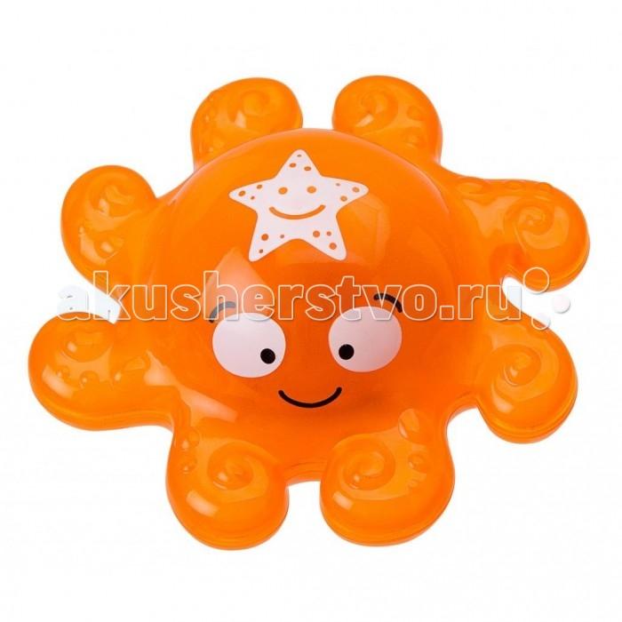 Alex Игрушка для ванны Веселый ОсьминогИгрушка для ванны Веселый ОсьминогОчаровательный маленький веселый осьминог – новая игрушка для ванны от американского бренда Alex, которая отлично разнообразит водные процедуры малыша веселой и увлекательной игрой.   Осьминог легкий, плавает в воде и мигает нежным светом (зажигается лампочка). Забавная игрушка для ванны превратит купание в настоящую игру и удовольствие.   В процессе игры малыш будет тренировать мелкую моторику, координацию движений и осваивать тактильные навыки.  В наборе: Осьминог с лампочкой внутри, 3 батарейки (AG13 или LR44).<br>