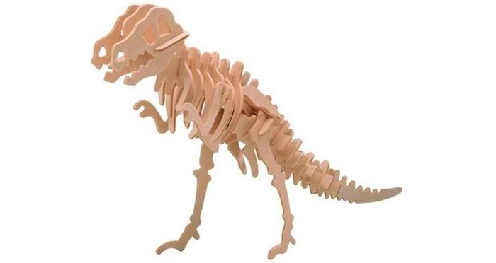 Конструктор Wooden Toys Сборная модель ТиранозаврСборная модель ТиранозаврТиранозавр это сборная деревянная игрушка - объемная модель настоящего древнего динозавра.  Все вырубные детали располагаются на фанерной доске. Для сборки модели их необходимо предварительно выдавить с места расположения и собирать в последовательности, указанной в прилагаемой инструкции.  Для того чтобы собранная модель служила долго, можно проклеить места соединения деталей при сборке.   При желании собранную модель можно раскрасить, используя любые типы краски. Производитель рекомендует темперные краски. После раскрашивания модель можно покрыть лаком.  В процессе сборки модели ребенок развивает усидчивость, пространственное и абстрактное мышление.   Все детали сборной модели изготовлены из экологически чистой древесины.  Комплектация:  2 фанерных пластины с деталями и инструкция по сборке.<br>