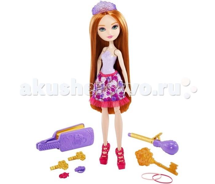 Ever After High Игровой набор с куклой Холли ОХараИгровой набор с куклой Холли ОХараКукла Ever after High – это удивительная кукла с восхитительными волосами. Их можно расчесывать, выпрямлять, завивать и создавать совершенно любые прически.   Кукла одета в шикарное платье.  Пластиковый фиолетовый топ украшен цветочками.  Пышная короткая юбка в цветочек по низу отделана прозрачной розовой оборкой.  Дополняют наряд стильные розовые туфли на высоком каблуке.  Голова куклы поворачивается, руки и ноги можно поднимать и опускать.   В комплект входит: кукла, подставка, щипцы для волос, папильотка, расческа, две шпильки, две заколки, две резинки и диадема.   Высота куклы: 27 сантиметра.   Игрушка продается в красочной блистерной упаковке.   Рекомендуемый возраст: от 6 лет.<br>