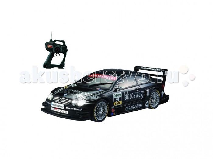 Auldey Машина на батарейках радиуоправляемая DTM M-BENS C-Class Coupe AMG LC258610-8Машина на батарейках радиуоправляемая DTM M-BENS C-Class Coupe AMG LC258610-8Уменьшенная в 16 раз DTM-версия Mercedes-Benz C-Class Coupe AMG может разгоняться до 6 км/ч, а в турбо-режиме - до всех 9 км/ч. Работают фары. Прочный противоударный пластмассовый корпус выдержит не одну аварию.  Удобный пульт радиоуправления действует на дистанции до 15 м, пульт работает на 2 пальчиковых батарейках, а сам автомобиль - на 4. Наконец, стоит отметить аутентичность модели - она воспроизводит свой прототип насколько возможно близко.   Гоночная серия DTM, возникшая в Германии, набирает всю большую популярность в мире. AMG, подразделение компании Mercedes-Benz, отвечающее за выпуск мощных гоночных авто, старается не отставать от конкурентов.<br>