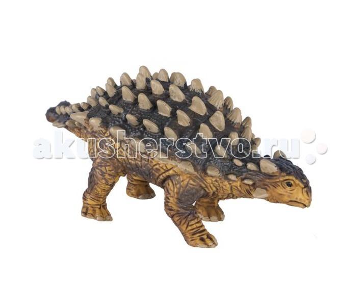 Dinosaur Family Динозавр АнкилозаврДинозавр АнкилозаврDinosaur Family Динозавр Анкилозавр был настоящим танком мезозойской эры. Его тело покрывала мощная броня, а на хвосте имелась мощная костяная шишка.   Анкилозавр был опасен даже для свирепого тиранозавра или альбертозавра. Свое название анкилозавры получили в честь характерного искривления, резкой вогнутости туловищных ребер наружу.  Реалистичная фигурка изготовлена из высококачественного пластика.   Размер: 14 х 6 см<br>