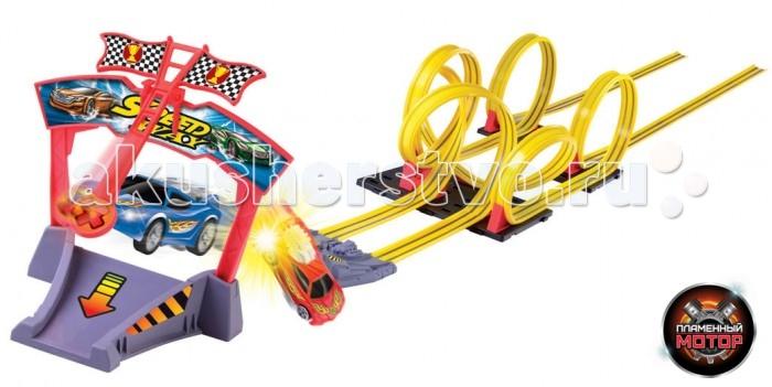 Пламенный мотор Скоростной гоночный автотрек Американские горкиСкоростной гоночный автотрек Американские горкиИгрушечный трек Пламенный мотор Американские горки - великолепный подарок для маленьких поклонников гонок и американских горок. Игрушка понравится не только ребенку, но и взрослому, ведь кто не любит скорость и крутые виражи? Две инерционные машинки запускаются на трассу при помощи специального механизма pull back. Просто соберите трек, установите машинки и нажмите на кнопку специального пульта. Трек имеет уникальную конструкцию, которая предусматривает виражи, пресечение трасс и сложных участков, столкновения и скорость. Длина трассы составляет 7 метров. Драйв и отличное настроение вам просто обеспечены. Ваш ребенок часами будет играть с треком, придумывая различные истории и устраивая соревнования.  Основные характеристики:   Размер машинки: 6 х 2 х 2 см Длина трека: 7 м<br>