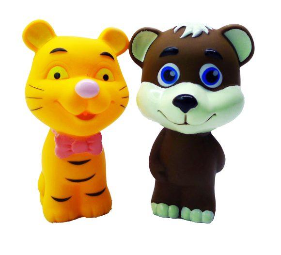 Жирафики Набор для купания Медвежонок и тигрёнокНабор для купания Медвежонок и тигрёнокЖирафики Набор для купания Медвежонок и тигрёнок изготовлен из высококачественного пластизоля, который совершенно безвреден, не имеет запаха и искусственных красителей. Внутри игрушек встроена пищалка, которая активируется при нажатии на игрушку.<br>