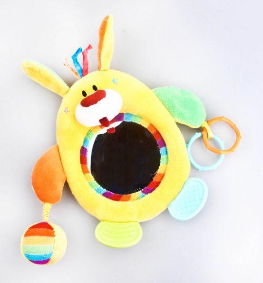 Подвесная игрушка Жирафики Зайка