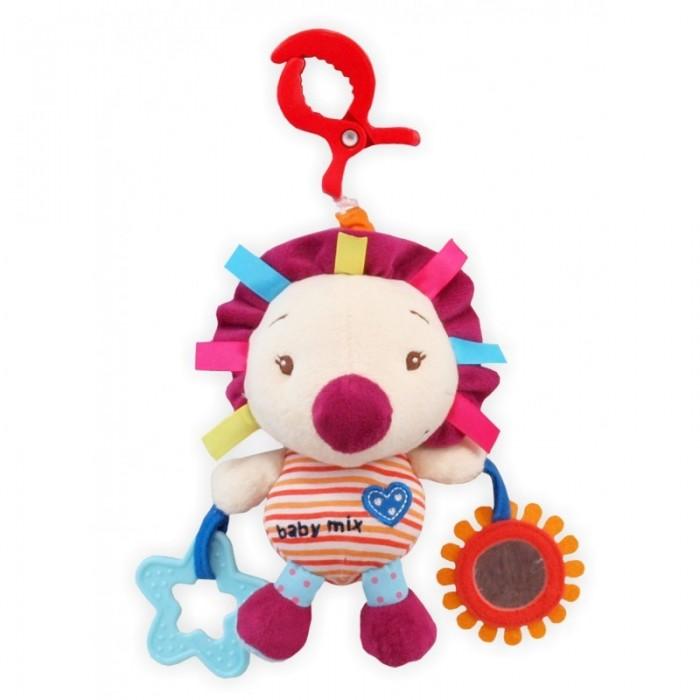 Подвесная игрушка Baby Mix ЕжикЕжикЯркая и мягкая игрушка от Baby Mix развлечет деток с рождения своим мелодиями. Музыкальная игрушка станет любимым обитателем кроватки ребенка. Вместе с ним, вашей крохе, будет очень весело и интересно познавать мир.  Игрушка изготовлена из материалов высокого качества Чтобы услышать мелодию, нужно потянуть за мягкую игрушку Игрушка развивает тактильные ощущения ребенка и мелкую моторику в процессе игры Игры с мягкой игрушкой развивают воображение и фантазию Звуковые эффекты развивают слух малыша Крепится к любому типу коляски и кроватки посредством большого пластикового карабина Имеет развивающие элементы: зеркальце, прорезыватель<br>
