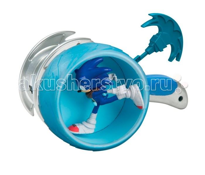 Sonic Boom Пусковое устройство с фигуркой 7.5 см СоникПусковое устройство с фигуркой 7.5 см СоникИгровой набор, созданный по мотивам мультсериала Соник Бум, основанного на культовой компьютерной игре 90-х годов «Sonic the Hedgehog» - отличный выбор для ребенка. Суперскоростной синий ёжик Соник хорошо знаком даже тем, кто не увлекается видеоиграми. Неординарная внешность, яркий характер и потрясающая харизма делают этого героя не только привлекательным, но и запоминающимся персонажем, образ которого не устарел за столь длинную для компьютерного героя историю. Благодаря мультфильмам о приключениях Соника и его друзей забавный синий ежик и по сей день остается одним из любимых героев как у детей, так и у взрослой аудитории.  Соник – необычный антропоморфный синий еж, получивший способность передвигаться со скоростью звука и даже еще быстрее. Дружелюбный и приветливый, честный и не приемлющий предательства, бесстрашный и упрямый, очень свободолюбивый и немного легкомысленный. Он обожает приключения и очень любит путешествовать. Размеренная жизнь навевает на него смертельную скуку, поэтому Соник живет «на полную катушку», не боится рисковать и всегда готов ввязаться в опасное предприятие. Вместе со своими друзьями, другими антропоморфными животными, Соник противостоит коварным планам сумасшедшего доктора Эггмана, целью которого является захват мира и уничтожение на нём всего живого.  В набор комплекта входит фигурка Соника, высотой 7.5 см, транспортное средство в виде колеса и пусковое устройство, приводящее транспорт в движение. С этим игровым набором ребенок сможет придумывать и разыгрывать свои собственные приключения!<br>