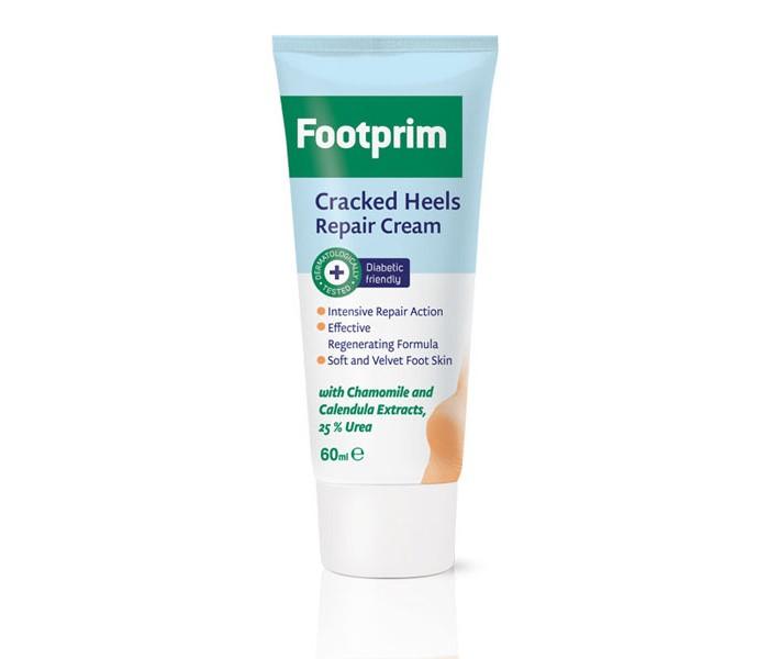 Footprim Крем для потрескавшейся кожи пяток Heels Repair 60 млКрем для потрескавшейся кожи пяток Heels Repair 60 млstrong>Footprim Крем для потрескавшейся кожи пяток Heels Repair, 60 мл.  Cracked Heels Repair Cream специально разработан для очень сухой и огрубевшей кожи ног и предназначен для быстрого заживления трещин на пятках. Эффективность Cracked Heels Repair Cream основана на комбинации 25 процентной мочевины, аллантоина и глицерина, обеспечивающих быстрое восстановление и хорошее увлажнение кожи ног. Также в состав этого эффективного болгарского крема присутствуют натуральные экстракты календулы и ромашки.   Они успокаивают и питают кожу, а также препятствуют возникновению воспалительных явлений, так как обладают превосходными бактерицидными свойствами. Как свидетельствуют многочисленные отзывы потребителей, Cracked Heels Repair Cream от бренда Footprim действует практически сразу после начала применения и результаты заметны уже через 1-2 недели. Продукт подходит для ежедневного ухода. Он легко наносится, не создает ощущения липкости и не оставляет жирных следов на чулках или обуви.  Способ применения Наносить два раза в день на чистую и сухую кожу. Продукт ПОДХОДИТ для диабетиков и людей, у которых наблюдается плохое кровообращение в ногах.  Состав Aqua, Propylene Glycol, Isopropyl Myristate, Paraffinum Liquidum, Glyceryl Stearate, PEG-100 Stearate, Cetyl Alcohol, Glycerin, Ricinus Communis (Castor) Oil, Salicylic Acid, Ceteareth-20, Dimethicone, Cera Alba, Tea Tree Extract, Sodium Benzoate, Potassium Sorbate, Parfum, Linalool, Geraniol, Limonene, Citronellol, Xanthan gum, Propyl Gallate, BHT, BHA, Sodium Hydroxide, Acrylates/C10-30 Alkyl Acrylate Crosspolymer, Disodium EDTA<br>