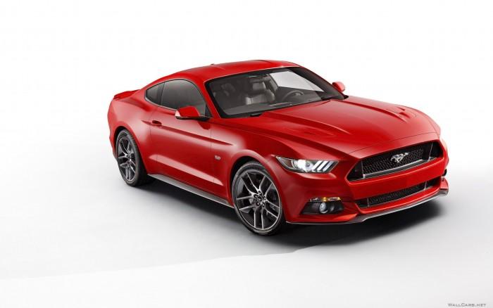 Welly Модель машины 1:24 Ford Mustang GTМодель машины 1:24 Ford Mustang GTWelly Модель машины 1:24 Ford Mustang GT  Модель машины от Welly выполнена в точном соответствии с оригиналом.   Все модели машинок Велли очень точные, потому что создаются по лицензии автопроизводителя.   У машинки открывается капот и двери.  Масштаб - 1:24.<br>