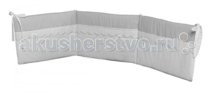 Бампер для кроватки Micuna Neus 140х70Neus 140х70Micuna Бортики: комфорт и элегантность   Коллекция текстиля для детской комнаты от испанской компании Micuna создана из натурального хлопка самой тонкой выделки. Нежная, гипоаллергенная ткань благоприятна для кожи малышей. Она легко стирается и быстро сохнет. Наполнитель мягких бортиков – холлофайбер – состоит из пустотелых полиэстеровых волокон, скрученных в форме пружин. Обеспечивает лучшую, чем синтепон, теплоизоляцию и меньше слёживается. Текстиль Micuna – гарантия настоящего качества.   Основные характеристики:  мягкие бортики в изголовье детской кровати;  материал: 50% хлопок, 50% полиэстер;  наполнитель: холлофайбер;  гипоаллергенные материалы и краски;  идеально подходят для кроватки Micuna 120х60.<br>