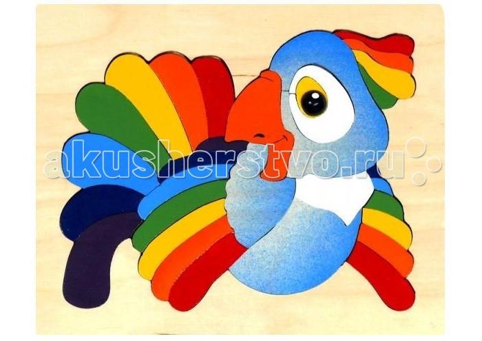 Vilac Мозаика-вкладыш ПопугайМозаика-вкладыш ПопугайДетская мозаика Попугай - отличное пособие для изучения цветов, и не просто цветов, а всех цветов радуги. Весёлый попугай из натурального дерева очень любит наряжаться в яркие разноцветные перья. Помогая ему в этом, малыш незаметно развивает свои пальчики, делая их ловкими, подготавливая руку к письму.  Обратите внимание ребёнка, как интересно расположены пёрышки на хвосте, на крыльях и хохолке. Назовите их все по порядку. Заметит ли малыш, что последовательность одинаковая? Ребёнка старше пяти лет спросите, где таким образом расположены цвета? Малышу же просто объясните, что эти красивые цвета попугаю подарила радуга. Не забудьте выучить знаменитую подсказку: каждый охотник желает знать, где сидит фазан.  Основные характеристики:   Размеры упаковки: 21 x 17 x 1 см Вес: 205 г<br>