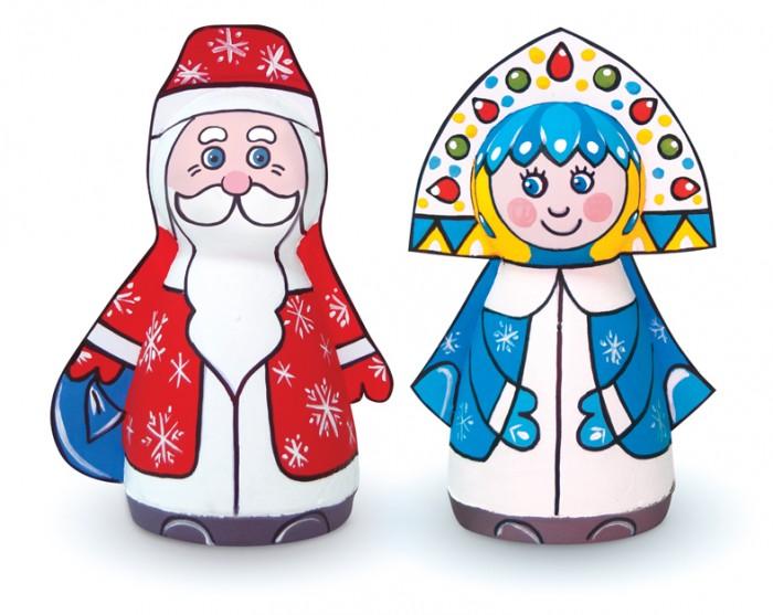 Шар-папье Набор для творчества Дед Мороз и СнегурочкаНабор для творчества Дед Мороз и СнегурочкаШар-папье Набор для творчества Дед Мороз и Снегурочка   Особенности: С творческими комплектами шар-папье очень легко создавать яркие и памятные игрушки-сувениры.  Все необходимое для работы над игрушками уже есть внутри набора.  Также прилагается подробная инструкция с иллюстрациями, с помощью которой можно с легкостью справиться с задачей.  Заготовленные фигурки можно украсить и покрыть цветными красками по своему вкусу и усмотрению.  Весь творческий процесс создания игрушек своими руками увлечет и разнообразит времяпровождение как ребенка, так и взрослого.  Готовыми игрушками можно украсить интерьер детской комнаты или повесить их на новогоднее дерево.  В комплекте: заготовки из прессованной бумажной массы вставки из гофрокартона контур фурнитура краски, кисть клей<br>
