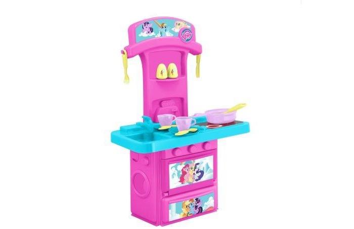 HTI Мини-кухня My Little PonyМини-кухня My Little PonyС этим прекрасным набором ваш малыш почувствует себя настоящим поваром! А разнообразные аксессуары сделают игру еще веселее.  Изделие выполнено из качественных материалов и отлично подойдет для ребенка. С таким набором можно забыть о скуке!  Открывающиеся дверцы, две чашки с блюдцами, набор для соли и перца. 14 предметов.  Работает от 2-х батареек типа ААА (в комплект не входят).<br>