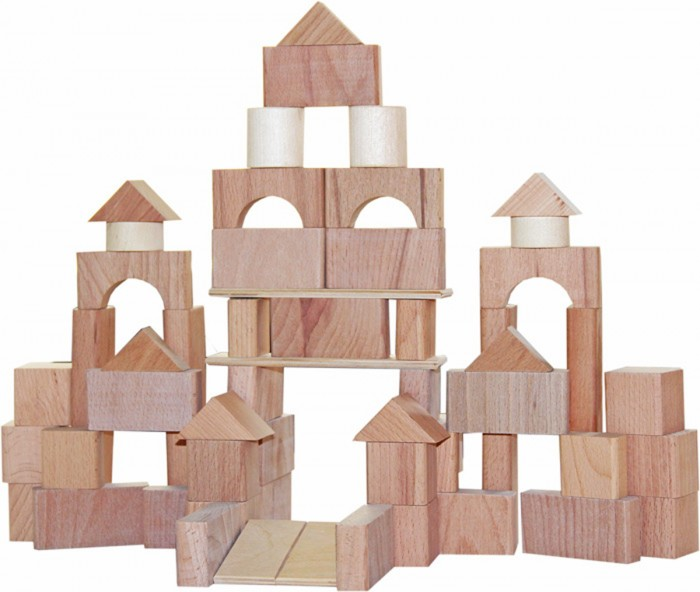 Конструктор Краснокамская игрушка Строим сами неокрашенныйСтроим сами неокрашенныйКонструктор «Строим сами неокрашенный» - это аналог конструктора «Строим сами окрашенный».   Отсутствие цвета на фигурах конструктора, по мнению психологов, очень полезно для детей 5-6 летного возраста. Именно такие детали помогают малышу воспринимать постройки как одно целое, без ярких элементов. Разноцветные фигуры больше подходят для детей более младшего возраста, поэтому неокрашенный конструктор «Стром сами» рекомендуется детям старших групп детского сада.  Играть с конструктором – важный процесс развития малыша. Именно конструируя ребенок учится отличать детали друг от друга, понимает различие между кубиком, кирпичиком, цилиндром и треугольником. Фантазируя во время стройки он самостоятельно выбирает нужные элементы, сосредотачивается, развивает координацию и память. С помощью деревянного конструктора дети могут создать дом, гараж для машинок, крепость, замок, башню или даже корабль. Вы и сами удивитесь, насколько широка фантазия вашего малыша. А при желании, вы вместе с ребенком, можете покрасить элементы конструктора в любой цвет, используя для этого акриловые краски.   Все детали набора выполнены из экологически безопасных материалов – массива дерева (используется сосна, ель, береза и липа).<br>