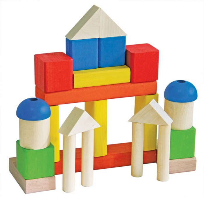 Конструктор Краснокамская игрушка МалышМалышКонструктор «Малыш» состоит из деревянных строительных деталей. Эти простые формы помогут малышу построить любые конструкции, которые только придумает маленький фантазер – дорожки, дома, столы, стулья. Набор познакомит ребят с разными формами – кубики, кирпичики, призмы, пластины, цилиндры, различными цветами.  Родители могут предложить ребенку собрать башню из фигурок одно цвета или подобрать одинаковые детальки по размеру. Более старшим детям можно проговаривать как называют те или иные строительные фигуры, чтобы они запомнили новые слова и использовали в своей речи.   «Малыш» развивает аналитическое мышление, мелкую моторику, фантазию, внимание, координацию, воображение. Конструктор выполнен из экологически безопасных материалов – дерево (сосна, ель, береза, липа).   Сами детали у конструктора достаточно крупные, их можно смело давать даже самым маленьким детям. И даже если малыш решит погрызть кубики, ничего страшного. Ведь все детали тщательно отшлифованы и покрашены акриловыми красками, которые безвредны для здоровья детей.  Набор «Малыш» рассчитан на возраст от 3 до 8 лет. Однако его можно использовать и в более младшем возрасте в качестве первого конструктора ребенка.<br>