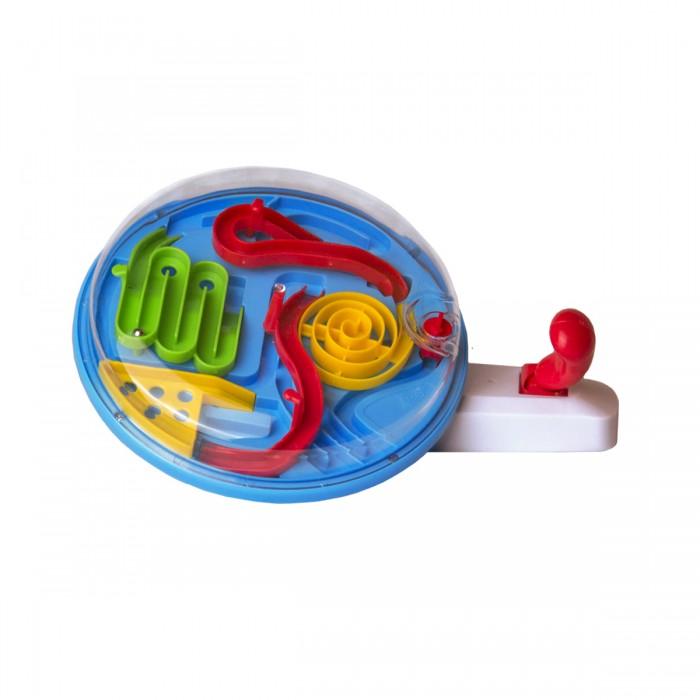 Labirintus Настольная игра Геймпад ТайфунНастольная игра Геймпад ТайфунLabirintus Геймпад Тайфун  Лабиринтус Геймпад Тайфун - замечательный подарок для любителей головоломок.   Цель игры - управляя джойстиком переместить шарик по 4 площадкам лабиринта, чтобы добраться до финиша.   Это отличная игрушка для свободного времяпрепровождения. Можно играть как одному, так и с друзьями. Держи баланс! Дойди до цели!<br>