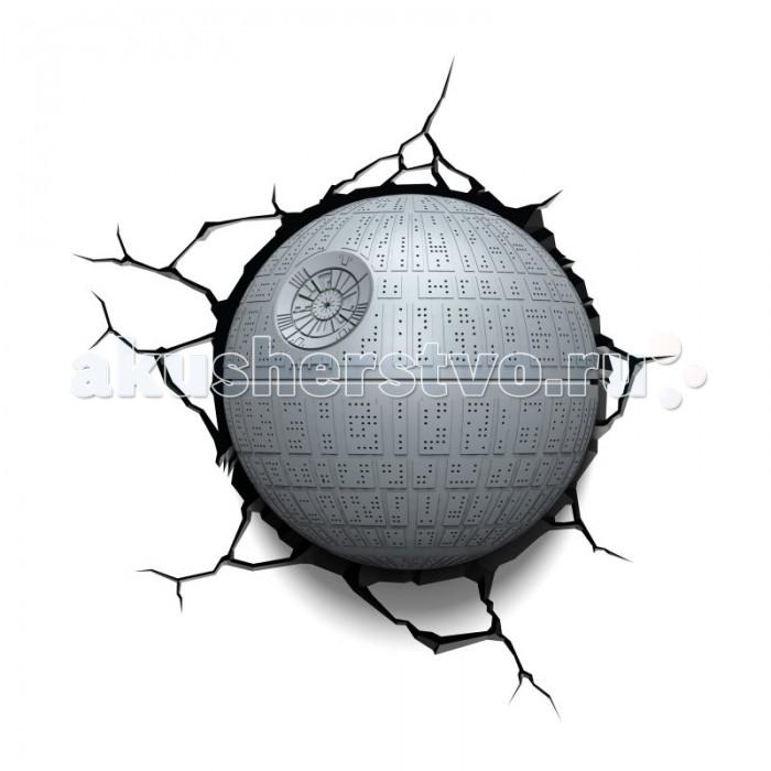 Светильник 3DlightFX Пробивной 3D светильник StarWars (Звёздные Войны) Death Star (Звезда смерти)Пробивной 3D светильник StarWars (Звёздные Войны) Death Star (Звезда смерти)Пробивной 3D светильник StarWars (Звёздные Войны) Death Star (Звезда смерти). Безопасный: без проводов, работает от батареек (3хАА, не входят в комплект); Не нагревается: всегда можно дотронуться до изделия; Реалистичный:3D наклейка-имитация трещины в комплекте; Фантастический: выглядит превосходно в любое время суток; Удобный: простая установка (автоматическое выключение через полчаса непрерывной работы). Товар предназначен для детей старше 3 лет. ВНИМАНИЕ! Содержит мелкие детали, использовать под непосредственным наблюдением взрослых.   Основные характеристики:   Размеры: 31.9 х 31.3 х 16.7 см Вес: 1,15 кг<br>