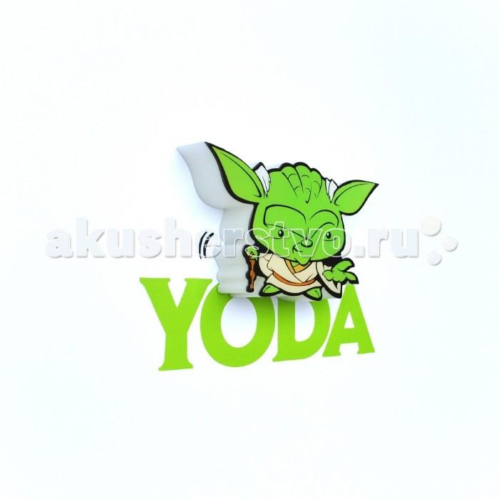 Светильник 3DlightFX Пробивной мини 3D StarWars (Звёздные Войны) Yoda (Йода)Пробивной мини 3D StarWars (Звёздные Войны) Yoda (Йода)Пробивной мини 3D светильник StarWars (Звёздные Войны) Yoda (Йода). Безопасный: без проводов, работает от батареек (2хААА, не входят в комплект); Не нагревается: всегда можно дотронуться до изделия; Реалистичный:3D наклейка в комплекте; Фантастический: выглядит превосходно в любое время суток; Удобный: простая установка (автоматическое выключение через полчаса непрерывной работы). Товар предназначен для детей старше 3 лет. ВНИМАНИЕ! Содержит мелкие детали, использовать под непосредственным наблюдением взрослых.  Основные характеристики:   Размеры: 16.9 х 16 х 4.1 см Вес: 0,16 кг<br>