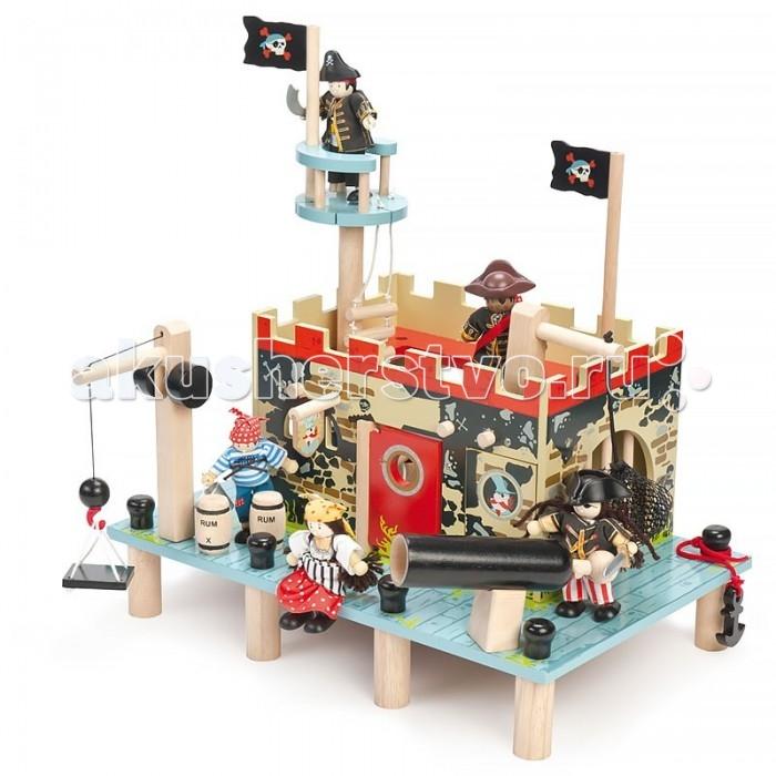 LeToyVan Набор Форт пиратов, коврик и 3 пиратаНабор Форт пиратов, коврик и 3 пиратаНабор Форт пиратов, коврик и 3 пирата замечательный подарок для любого мальчишки.  В наборе: Игрушечная крепость Форт пиратов: большая пристань на сваях с лебедкой, якорем и пушкой, пиратская крепость с вороньим гнездом, веревочной лестницей флагами, тюрьмой и потайными дверями, тайник с сокровищами и багор, три бочки с ромом, двери форта, тюремные двери. Потайные двери открываются и закрываются, игровые элементы переставляются местами. При сборке не требует специальных инструментов.  Игровой коврик Пират: выполнен из нетканного материала. Благодаря прорезиненной противоскользящей основе подходит для любых напольных покрытий. Имеет превосходное качество нанесения рисунка, отличную детализацию и четкость картинки. Удобен для хранения (сворачивается рулоном).  Набор кукол Пираты: 3 деревянные куклы, ручки и ножки которых гнуться.  Каждая игрушка имеет индивидуальную упаковку.   Размер крепости: 40х25 см Размер коврика: 150х100 см Размер куклы: 10 см<br>