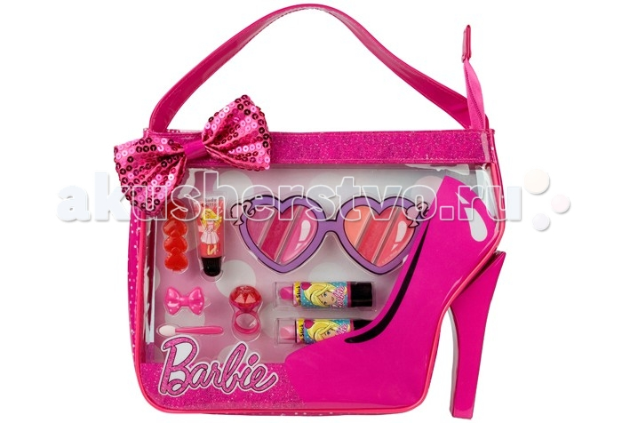 Markwins Набор детской декоративной косметики Barbie в сумочкеНабор детской декоративной косметики Barbie в сумочкеНабор детской декоративной косметики позволит создать свой яркий неповторимый образ для вечеринки, дня рождения или другого мероприятия, дополнив его красивым макияжем.  Высококачественная косметика не содержит вредных для здоровья и нежной детской кожи веществ, легко смывается водой.  В набор входят две губные помады, блеск для губ в тубе и в колечке, набор блесков для губ шести оттенков, две заколки для волос, аппликатор для нанесения теней.  Пластиковая косметичка в виде туфельки поможет бережно и аккуратно хранить входящие в набор косметические средства, ее можно брать с собой в поездку и не беспокоиться о том что что-то потеряется в пути.<br>