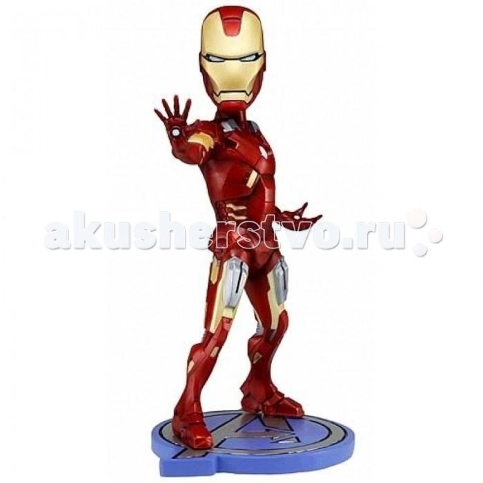 Neca Фигурка Avengers 7 Ironman HeadknockerФигурка Avengers 7 Ironman HeadknockerФигурка Avengers 7 Ironman Headknocker Neca  Игрушка-фигурка Мстители. Железный человек - в точности повторяет героя комиксов компании Марвел. Компания Neca представила Железного человека в полном боевом облачении перед лицом неизвестной угрозы.   Высота фигурки 18 см.<br>
