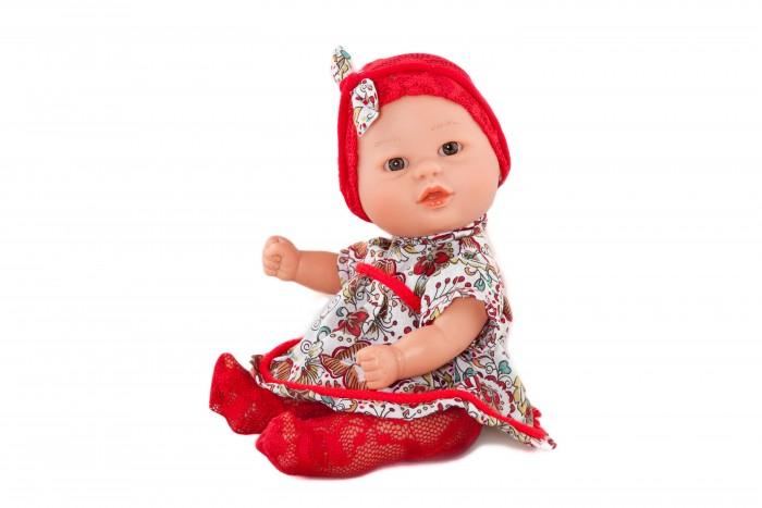 Dnenes/Carmen Gonzalez Кукла-пупс Бебетин в платье и красных колготках 21 смКукла-пупс Бебетин в платье и красных колготках 21 смКукла-пупс Бебетин в платье и красных колготках - очень красивая кукла-пупс испанского производителя традиционных кукол для детей Dnenes.  Кукла одета в яркое платье из ткани с крупными цветами. У платья рукава-фонарики до локтя, воротничок-стоечка и застежка- липучка на спине. По линии кокетки и подолу юбки платье декорировано красным кантом. На голове шапочка из красной гипюровой ткани с большим бантом. Из той же гипюровой ткани выполнены колготки. Ножки имеют форму близкую к анатомической.  Волосики нарисованы. Глаза серые, стеклянные, без ресничек, не закрываются.   Кукла не имеет запаха и обладает приятным тактильным эффектом.  Кукла Carmen Gonzalez продается в красивой подарочной коробке с прозрачным окошком.<br>