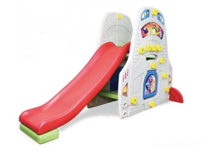 Gona Toys Игровая зона с качелями Медвежонок ТеддиИгровая зона с качелями Медвежонок ТеддиИгровая зона с качелями Gona Toys Медвежонок Тедди  Детская игровая зона с горкой, баскетбольным кольцом и качелями с музыкальной панелью.   Особенности:    Оригинальный дизайн, устойчивая безопасная и прочная конструкция.   Качели оборудованы надежными креплениями, удобным и безопасным стульчиком со спинкой и фиксирующим бампером.   Горка со ступеньками, может устанавливаться с любой стороны от качелей, оборудована округлыми бортами безопасности, а удобные ступеньки имеют рифленую поверхность.   Баскетбольное кольцо также можно крепить с любой стороны конструкции. Комплекс легко собирается и разбирается.   Изготовлен из высококачественного пластика HDPE, который соответствуют всем европейским требованиям безопасности и качества для детских товаров.   Размер: 156 х 119 х 150 см Размер упаковки: 130 х 37 х 62 см<br>