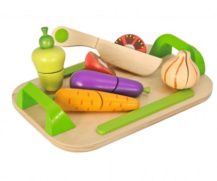 Eichhorn Игровой набор Доска с овощами 12 предметовИгровой набор Доска с овощами 12 предметовEichhorn Игровой набор Доска с овощами 12 предметов 100003722  Игровой набор Доска с овощами от бренда Eichhorn полностью сделан из деревянных материалов с пластиковыми элементами. Все детали набора тщательно изготовлены, чтобы ребенок играл с ними в комфорте и безопасности. Игровой набор с игрушечными овощами и ножом отлично подойдет для сюжетно-ролевых игр, где ребенок будет отыгрывать роль, в которой придется что-то готовить или нарезать.  Игрушечные овощи все разрезаны на две части заранее и скреплены между собой, чтобы для малыша было интересно и увлекательно делать простое бытовое действие, используя деревянные игрушки.<br>