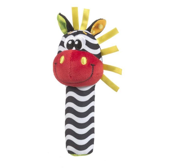 Погремушка Playgro Зебра пищалка 0183439Зебра пищалка 0183439Веселая игрушка – пищалка в виде Зебры от фирмы Playgro из мягкой ткани развеселит и развлечет малыша. Помимо забавного животного, внутри имеется пищалка, которая издает звуки при надавливании, это, безусловно, раззадорит малыша. Игрушка выполнена из разнофактурного материала, таким образом, малыш, играя, развивается, познает причинно-следственные связи, расширяет кругозор. Что важно, это удобная форма и размер ручки пищалки, ведь ребенок сам хочет брать и рассматривать игрушку.<br>