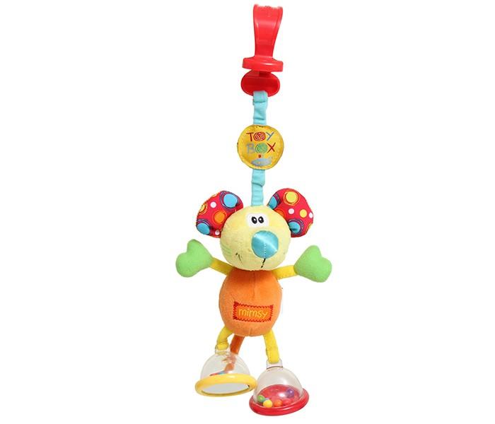 Подвесная игрушка Playgro Мышка 0101141Мышка 0101141Мягкая игрушка Мышка от фирмы Playgro, обязательно понравится вашему малышу.  Подвеска мягкая на ощупь, выполнена из разной по фактуре ткани. Ножки игрушки представляют собой погремушку и пищалку, лапы и ушки оснащены шуршащими вставками. Подвеска легко крепится на любой тип коляски с помощью большого зажима.<br>