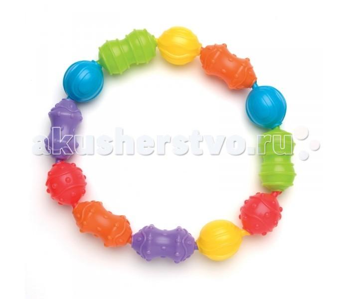 Развивающая игрушка Playgro Игрушка-цепочка 0181579Игрушка-цепочка 0181579Замечательная игрушка-цепочка от фирмы Playgro понравится малышу. Ведь ее удобно хватать за основание, составленное из ярких цветных бусин, а значит, будет развиваться моторика.   Игрушка привлекает внимание ребенка своими деталями, тем самым развивая зрение и навык концентрации. Стоит отметить, что малыш сам может составить цепочку, как ему захочется, комбинируя различные формы вместе. Яркая и веселая игрушка, так понравится малышу, что он не захочет с ней расставаться.<br>
