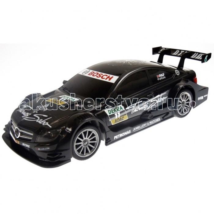 Auldey Машина  на радиоуправлении Mercedes-Benz C-Class Coupe AMG DTM 1:16Машина  на радиоуправлении Mercedes-Benz C-Class Coupe AMG DTM 1:16Auldey Машина на радиоуправлении Mercedes-Benz C-Class Coupe AMG DTM 1:16  Радиоуправляемая модель DTM-версии Mercedes-Benz C-Class Coupe выполнена в масштабе 1:16. Она ездит на скорости 9 км/ч в обычном режиме и может разогнаться до 11 км/ч при включении турбо-режима. Пульт радиоуправления действует на расстоянии до 30 м. Автомобиль работает от четырех батареек типа АА, пульт - от двух. Что означают страшные аббревиатуры в названии? DTM - это Deutsche Tourenwagen Masters, немецкая гоночная серия кузовных автомобилей. В последнее время набирает большую популярность, с 2013 года заезды DTM проводятся и в России. AMG - Aufrecht-Melcher-Gro&#223;aspach (фамилии двух основателей и название города, в котором один из них родился), подразделение Mercedes-Benz, которое отвечает за разработку мощных гоночных машин и отстаивает честь компании на спортивных соревнованиях.  Возраст: от 8 лет Масштаб: 1:16. Комплект: машина, пульт. Наличие батареек: не входят в комплект. Тип батареек: 6 x AA / LR6 1.5 V (пальчиковые). Дальность действия: 30 м.<br>