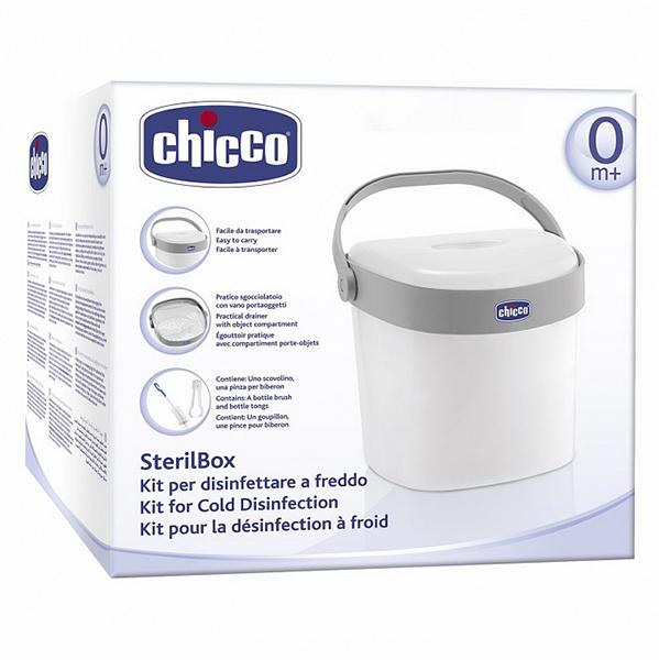 Chicco Набор для стерилизацииНабор для стерилизацииНабор для стерилизации Chicco Стерилизационная система – эффективный и безопасный метод стерилизации.  Холодная стерилизация производится путем использования антибактериального раствора (например, стерилизационной жидкости Chicco).  В этой специальной ёмкости можно разместить до 6 бутылочек и аксессуары.  Ёмкость снабжена индикаторами времени и даты, напоминающими, когда были приготовлены растворы.  Боковая крышка облегчает освобождение ёмкости от растворов, оставляя стерильные предметы внутри. Ручка облегчает процесс слива, запирая крышку.  Превосходное место для хранения стерилизованных бутылочек и других аксессуаров новорожденного.  Этот метод холодной стерилизации предметов для кормления новорожденных создан в исследовательской лаборатории ARTSANA.  Внешние размеры контейнера для стерилизации (ВхДхШ): 25 см х 24 см 22 см  Размеры внутренней сушилки (ДхШхВ): 22 см х 21 см х 21,5 см<br>