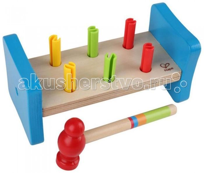Деревянная игрушка Hape Гвоздики Е0503Гвоздики Е0503Нет ничего веселее, чем забивать разноцветные гвоздики игрушечным молоточком! Такие игры развивают у детей навыки координации и ловкости, а также позволяют осознать причинно-следственные связи и учат различать фигуры.   Размер упаковки: 20.3 х 10.2 х 10.2 см Размер игрушки: 19.9 х 9.5 х 9.5 см<br>