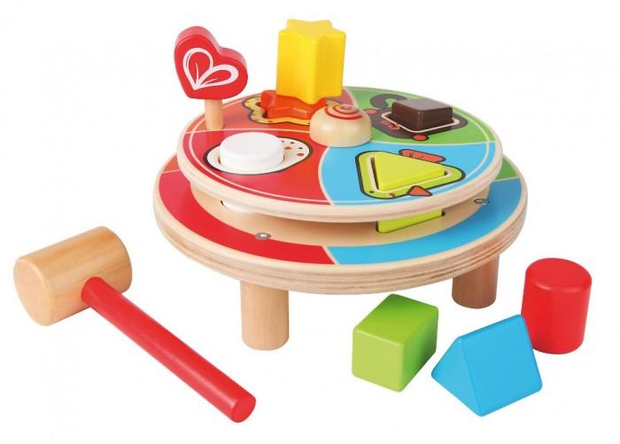 Деревянная игрушка Hape сортер Животные Е8017сортер Животные Е8017Основание с прорезями для кубиков вращается. Малышу предстоит сначала совместить прорези на двух основаниях.  Кубики необходимо забивать в отверстия с силуэтами животных. Сортер способствует развитию пространственного и логического мышления, мелкой моторики, координации пальчиков, восприятию цветов.<br>