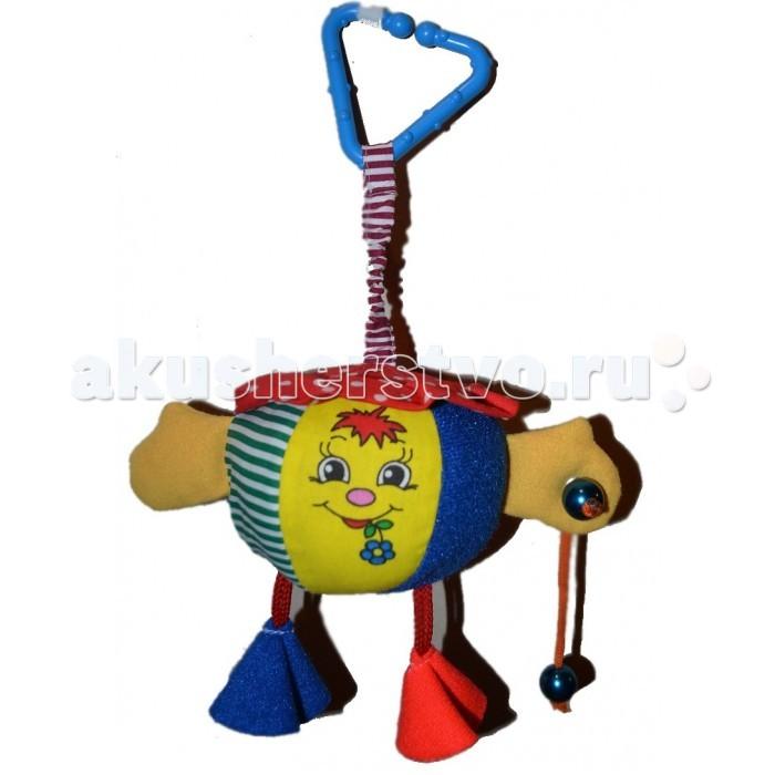Подвесная игрушка Дельфин Подвеска КолобокПодвеска КолобокПодвеска Колобок изготовлена из мягкой и приятной на ощупь гипоаллергенной ткани разной текстуры. Такую игрушку можно подвесить над кроваткой или прицепить к коляске. Яркая подвеска займет малыша на некоторое время, ему будет интересно ее ощупывать и разглядывать. Такие игрушки необходимы для развития тактильного и зрительного восприятия.  Размеры игрушки: 10х13 см<br>