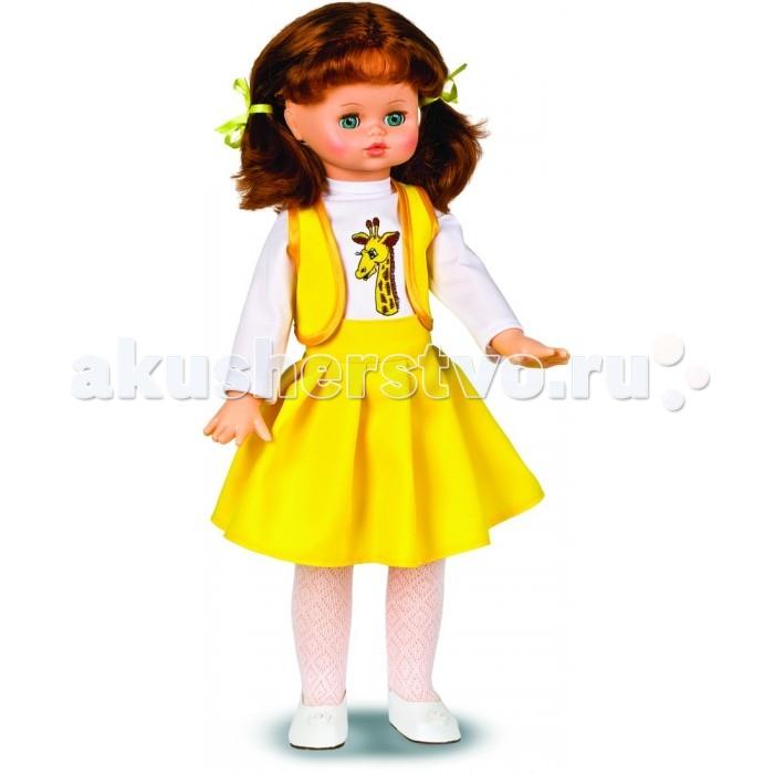 Весна Кукла Алиса 4 озвученная 55 смКукла Алиса 4 озвученная 55 смВесна Кукла Алиса 4 озвученная 55 см может стать настоящей подружкой для ребёнка.  Особенности: При нажатии на звуковое устройство, вставленное в спинку, кукла произносит фразы.  Продуманная конструкция куклы позволяет её сажать, ставить на ножки, переодевать.  Наличие элементов одежды, которые легко снимаются и надеваются, разнообразит возможности сюжетно-ролевых игр с этой куклой, в процессе которых развивается мелкая моторика и творческое воображение ребёнка.  Игра с куклой в красивой одежде приучает детей к аккуратности, формирует чувство стиля. Игры с этой куклой дают ребёнку возможность проявлять заботу, формируют навыки ответственного поведения.  Цвет волос, глаз и одежды куколки может отличаться от представленного на фото.<br>