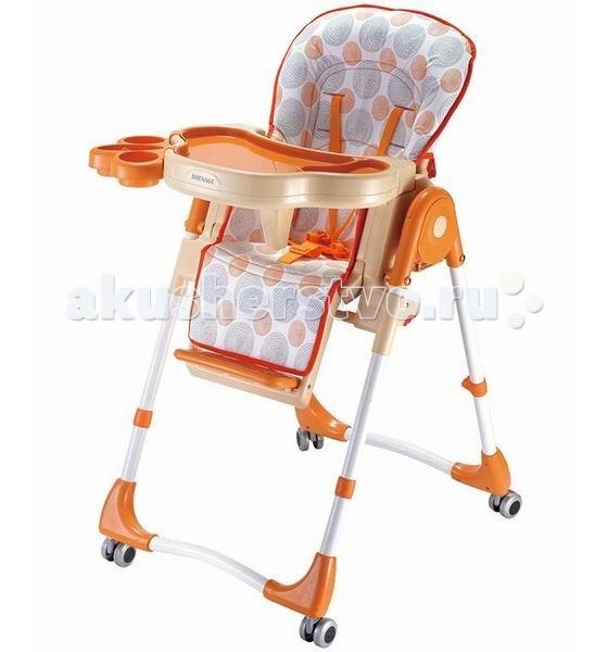 Стульчик для кормления Barty C-F-2C-F-2C-F-2 – стульчик для кормления. В этом стульчике есть все, что необходимо малышу.  Покрытие стульчика позволяет его мыть без лишних проблем. Для удобства малыша столик имеет съёмный держатель для бутылочки и стаканчика. Есть специальный ограничитель, препятствующий соскальзыванию ребенка со стула.  Стульчик комплектуется колёсами и сеткой для игрушек под сидением.  Новый дизайн стульчика привлечёт внимание Вашего крохи и ему он обязательно понравится! Особенности: сиденье регулируется в 3 положениях по высоте; спинка фиксируется в 3 положениях (для еды, игр и для отдыха); съемный столик регулируется в двух положениях; двойной поднос для быстрого перехода от еды к играм; пятиточечные ремни безопасности; анатомическая вставка для разделения ног; корпус пластмассовый; сиденье легко моется; регулируемая подножка;<br>
