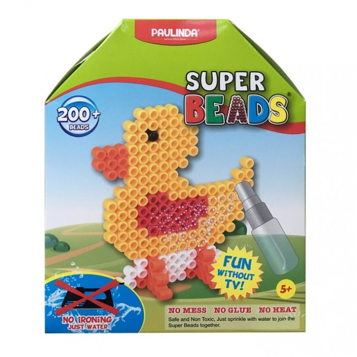 Paulinda Мозаика Super Beads - Утенок 200 элементовМозаика Super Beads - Утенок 200 элементовPaulinda Мозаика Super Beads - Утенок 200 элементов ребенок соберет забавную фигурку в виде утенка. В набор входят различные инструменты, а также более 200 элементов для создания этой замечательной пластмассовой птички. Для соединения деталей не нужен клей, так как в наборе предусмотрен пульверизатор, с помощью которого фигурка опрыскивается водой и не рассыпается. Сборка такой интересной мозаики организует детский досуг и поможет развить в ребенке усидчивость и творческие способности.   Возраст: от 5 лет Количество деталей: 200 шт. Комплект: планшет-основа, шаблон, инструмент для нанесения деталей, пульверизатор для воды.<br>