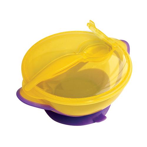 Lubby Тарелка КлассикаТарелка КлассикаLubby Тарелка Классикас крышкой и ложкой для кормления незаменима в период, когда Ваш малыш учится есть самостоятельно. Специальная форма крышки позволяет сохранять гигиеничность прибора для кормления во время путешествий. Присоска препятствует свободному перемещению тарелки по столу.   Объем: 400 мл<br>